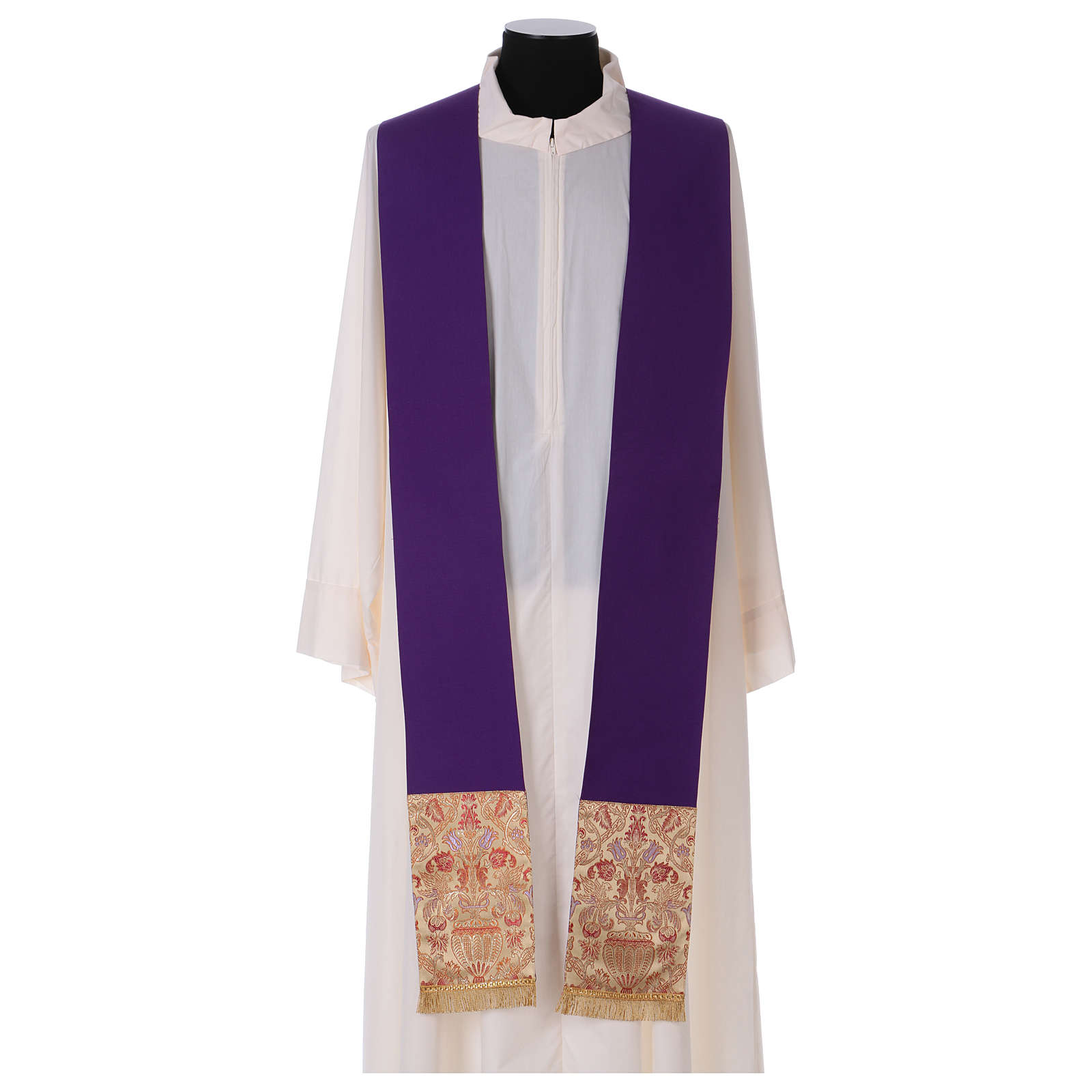 Catholic Priest Chasuble in pure wool with lampas gallon and neckline 4