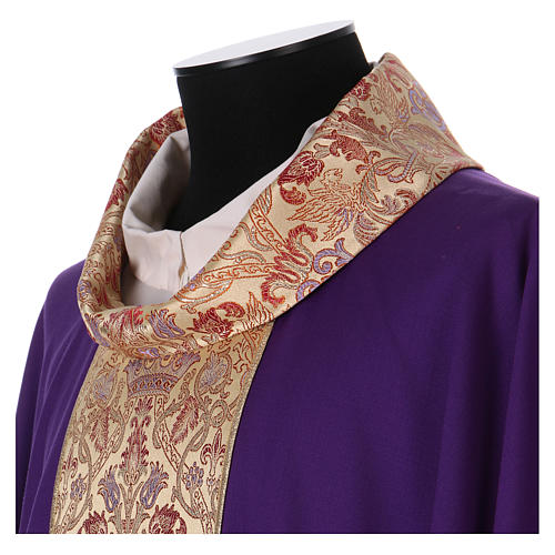 Catholic Priest Chasuble in pure wool with lampas gallon and neckline 3