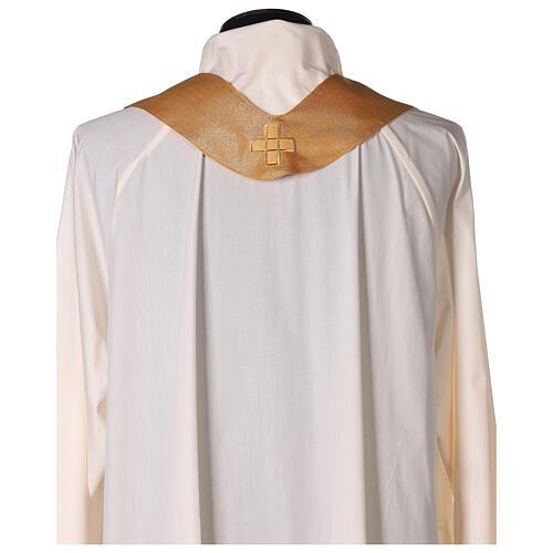 Casula in poliestere oro con ricamo di croce a macchina su mantello 6