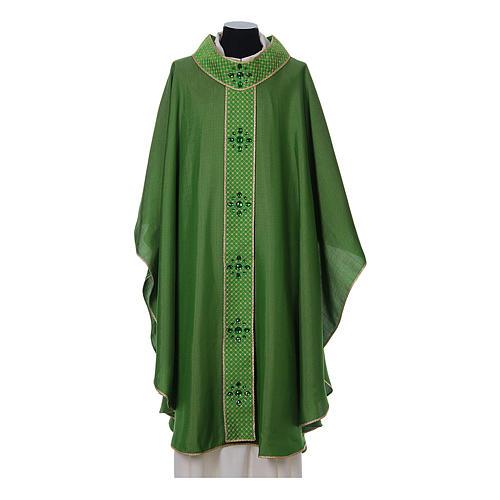 Chasuble and stole, Italian neckline 3
