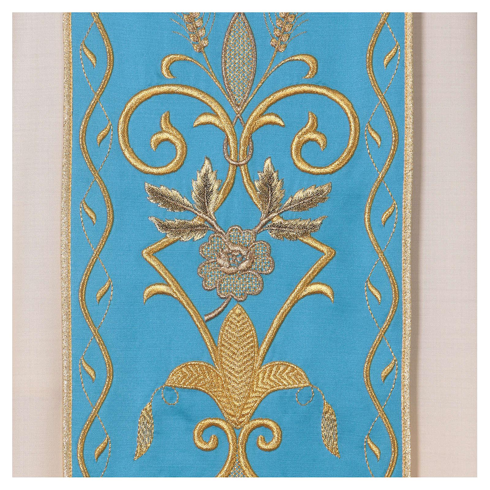 STOCK Chasuble ivoire en pure laine avec bande centrale bleu ciel brodée à la machine 4
