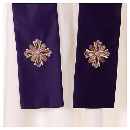 Casulla poliéster y decoración cruz y piedras Limited Edition 5