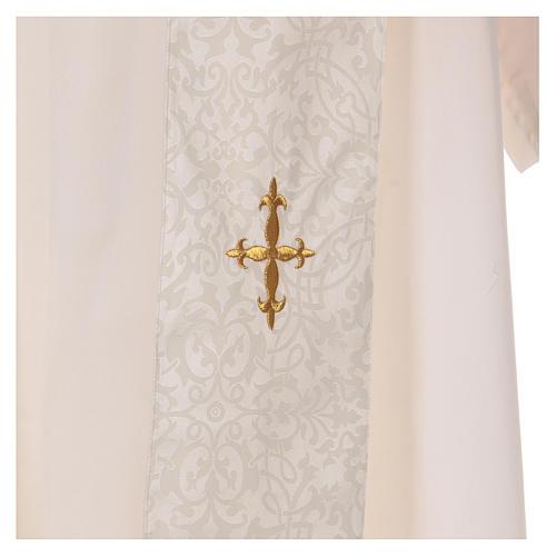 Kasel mit bestickten Mittelstab goldenen Kreuze 8