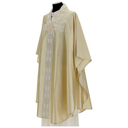 Ivory silk chasuble with applied gallons 3