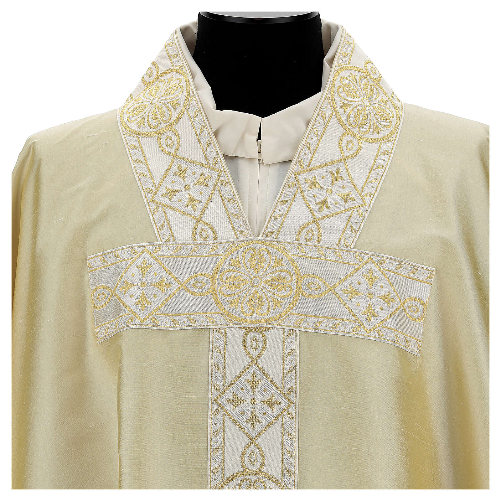 Ivory chasuble in pure silk with gallon 4