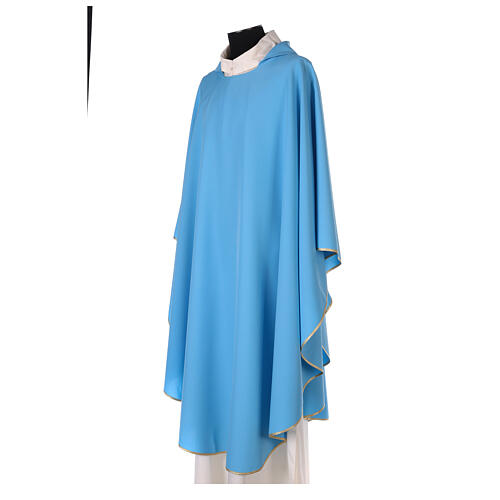 Chasuble bleu clair uni 100% polyester simple 2