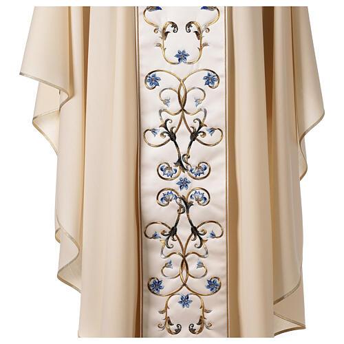 Chasuble mariale couleur ivoire fleurs bleues claires 100% laine 5