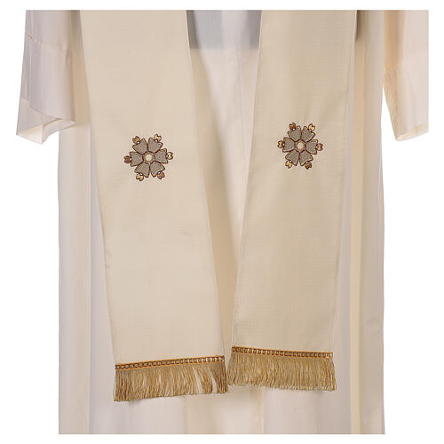 Ivory chasuble textured fabric 100% stole wool machine embroidered 9