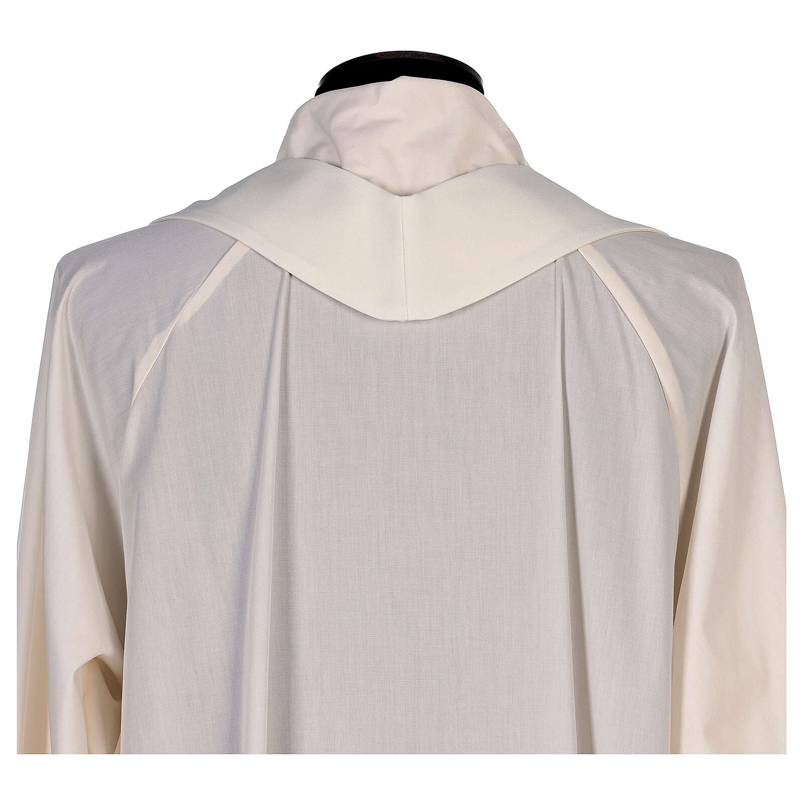 Chasuble with sublimation lilies V-neck print 100% polyester 4