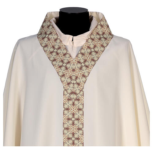 Chasuble with sublimation lilies V-neck print 100% polyester 2