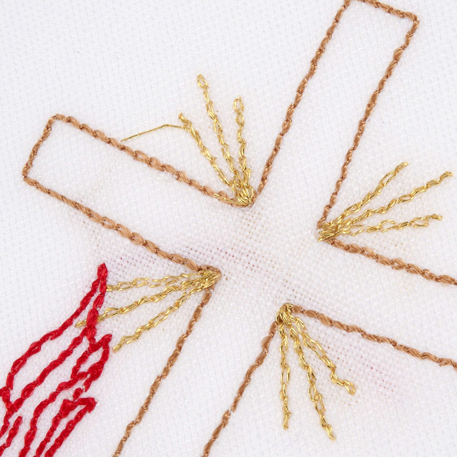 Linge d'autel avec amict croix lampe 4