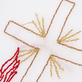 Linge d'autel avec amict croix lampe s3