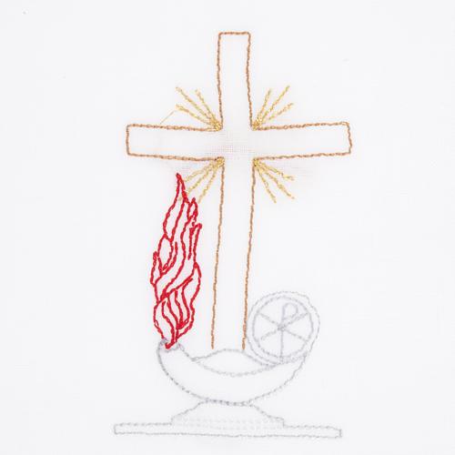 Linge d'autel avec amict croix lampe 2