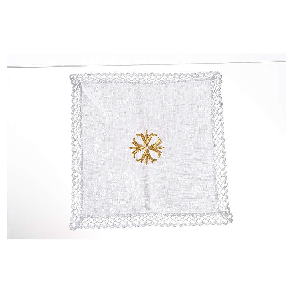 Altar linens with golden cross 4