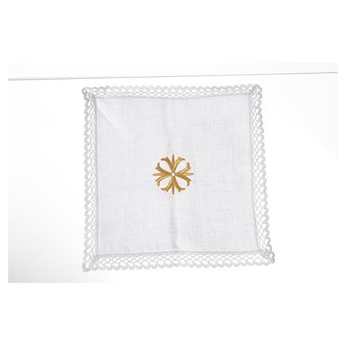 Altar linens with golden cross 1