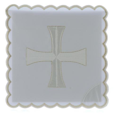 Kelchwäsche aus Baumwolle mit gesticktem Kreuz in den Farben Weiß und Silber 1