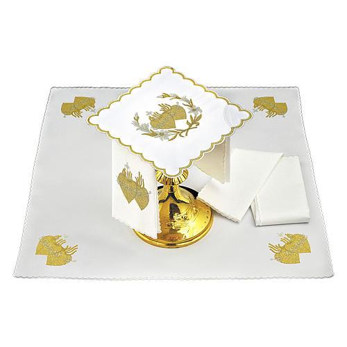 Servicio de altar algodón flores y Sagrado Corazón de Jesús 2