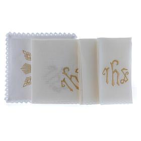 Conjunto de alfaia litúrgica linho bordado dourado motivo geométrico símbolo IHS s2