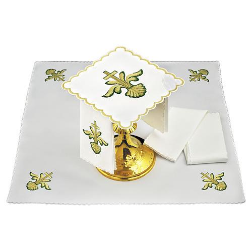 Servizio da altare lino croce barocca dorata sfumature verdi 1