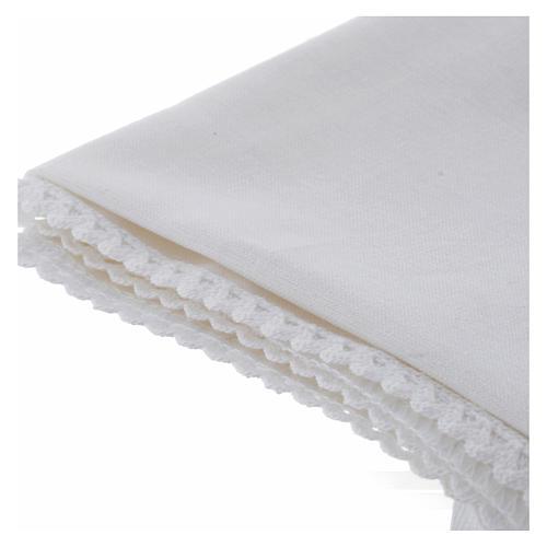 Humerał biały z czystej bawełny z haftem krzyża złoty kolor 3