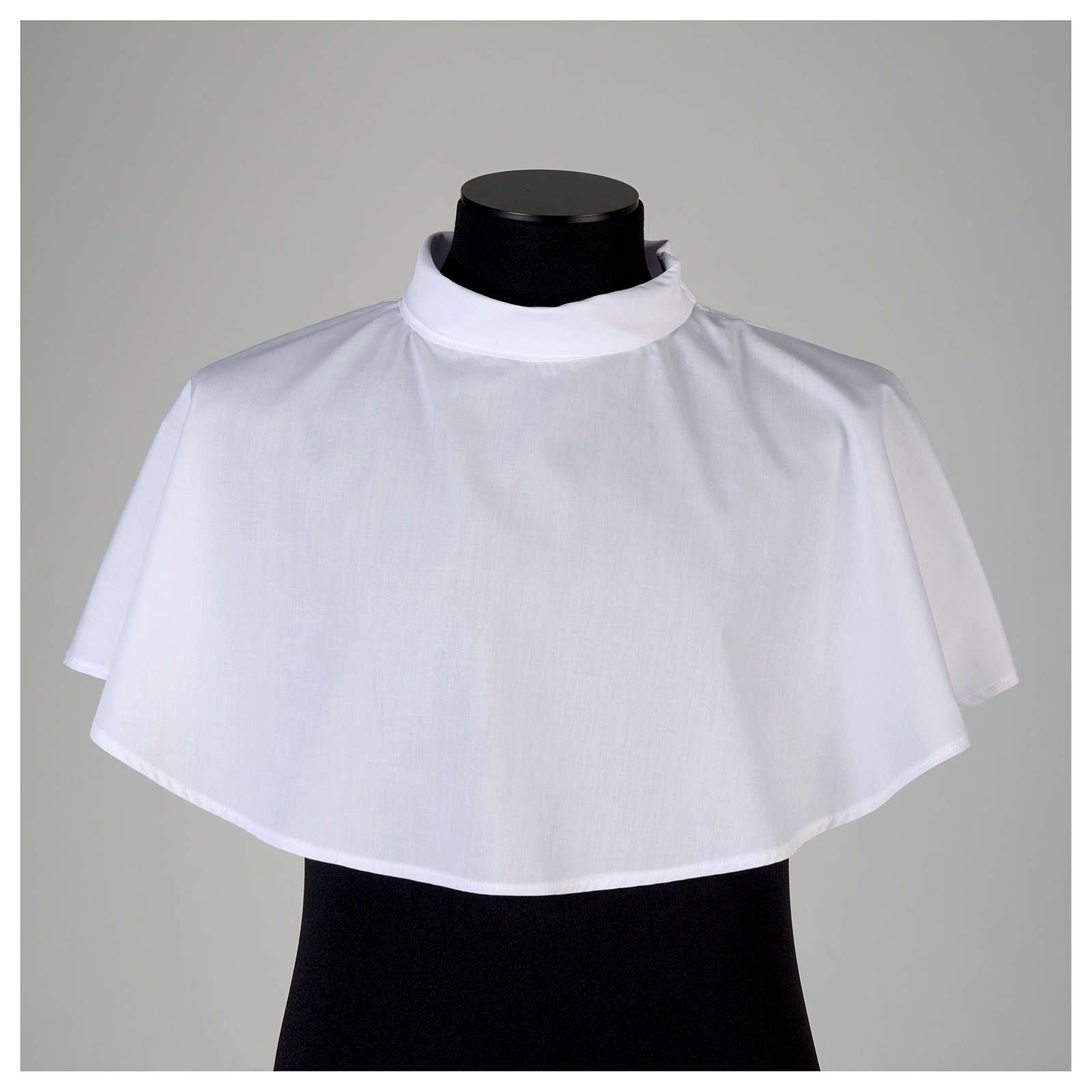 White amice in cotton mix with zip on shoulder 4