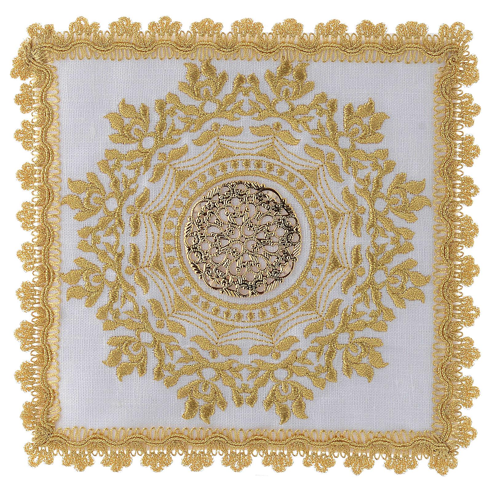Servizio altare con decoro dorato in stile gotico lino 4
