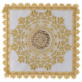 Servizio altare con decoro dorato in stile gotico lino s1