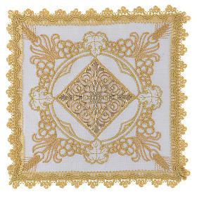 Altar linen set with golden designs 100% linen s1