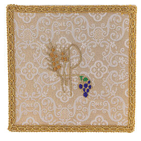 Chalice veil (pall) with Xp, wheat and grapes embroidery on ivory damask fabric s1