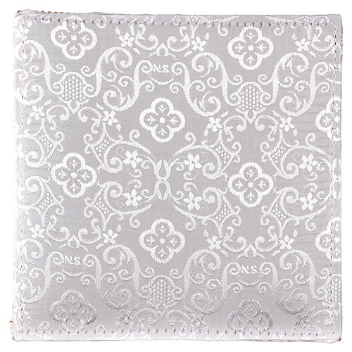 Chalice veil (pall) with Xp, wheat and grapes embroidery on white damask fabric 3