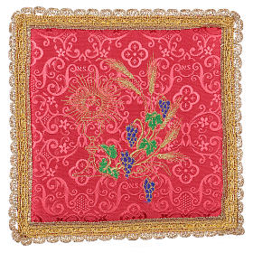 Chalice veil (pall) with chalice and grapes embroidery on red damask fabric s1