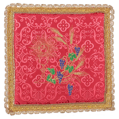 Chalice veil (pall) with chalice and grapes embroidery on red damask fabric 1