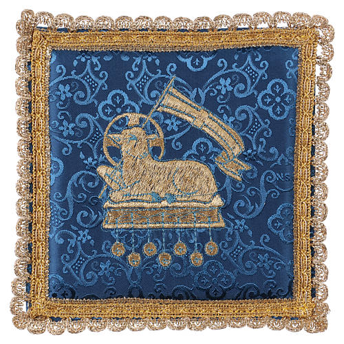 Chalice veil (pall) with lamb embroidery on blue damask fabric 1