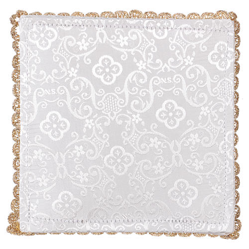 White damask fabric chalice pall with lamb of God embroidery 3