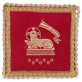 Chalice veil (pall) with lamb embroidery on red fabric s1