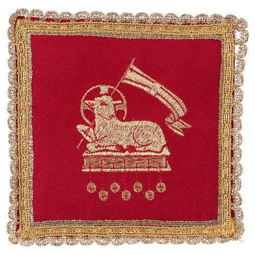Chalice veil (pall) with lamb embroidery on red fabric 1