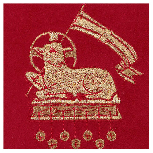 Chalice veil (pall) with lamb embroidery on red fabric 2