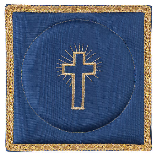 Chalice veil (pall) with cross embroidery on blue satin 1