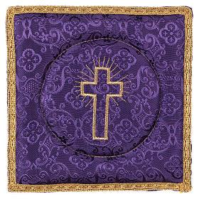 Palla rigida copricalice croce ricamata su damascato viola s1
