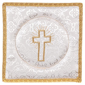 Chalice veil (pall) with cross embroidery on white damask fabric s1