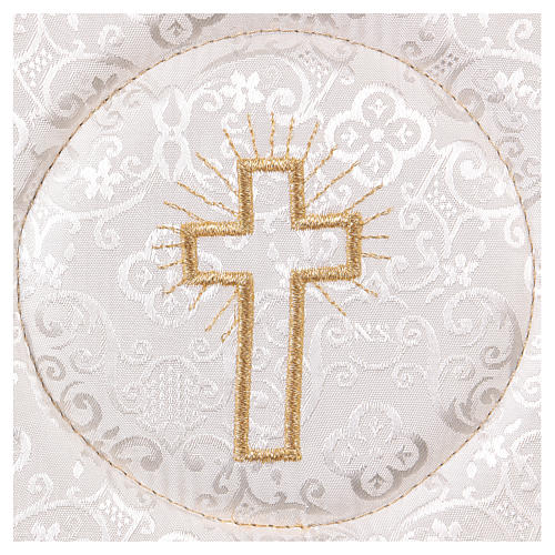 Chalice veil (pall) with cross embroidery on white damask fabric 2