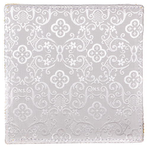 Chalice veil (pall) with cross embroidery on white damask fabric 3