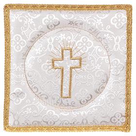 Palla copricalice rigida croce ricamata su damascato bianco s1