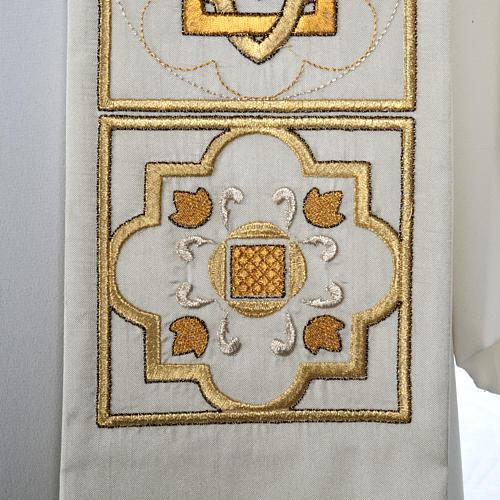 Stuła haftowana złote kwadraty szantung 3
