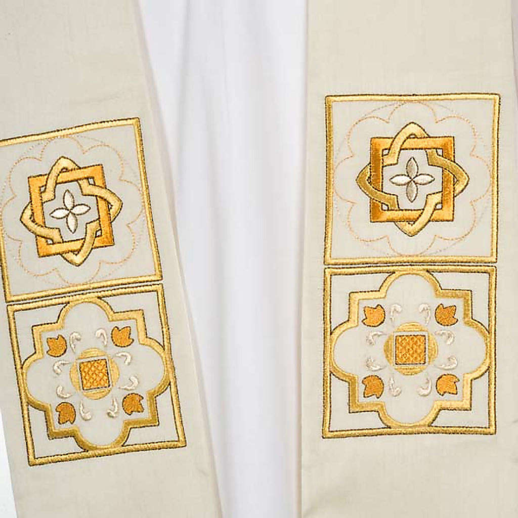 Overlay stole in shantung, golden embroidery 4