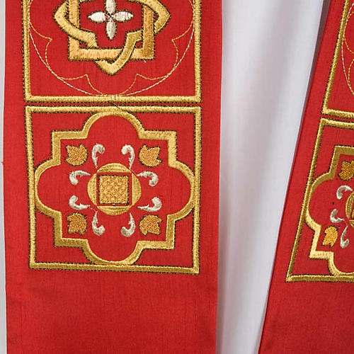 Overlay stole in shantung, golden embroidery 6