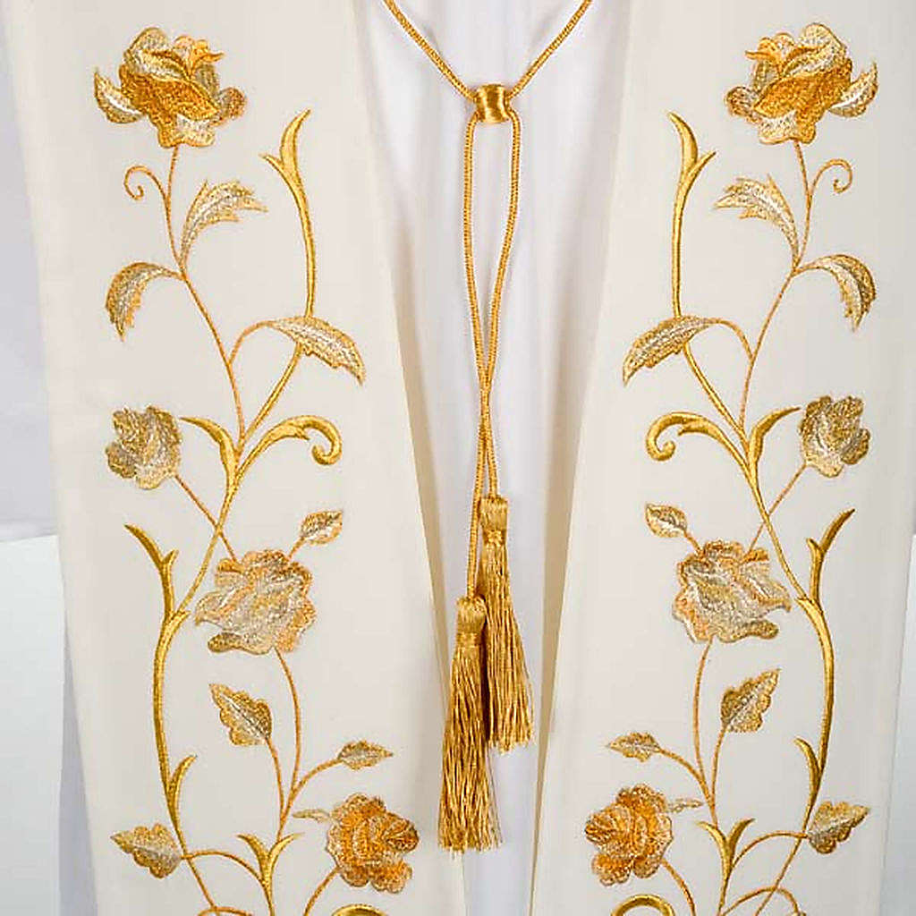 White stole gold flowers 4