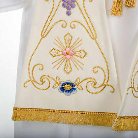 White stole in wool, ancient style embroideries colored s5