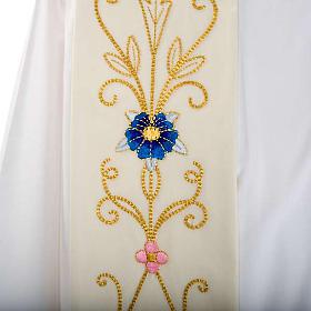 Étole blanche broderies colorées style ancien lain s2