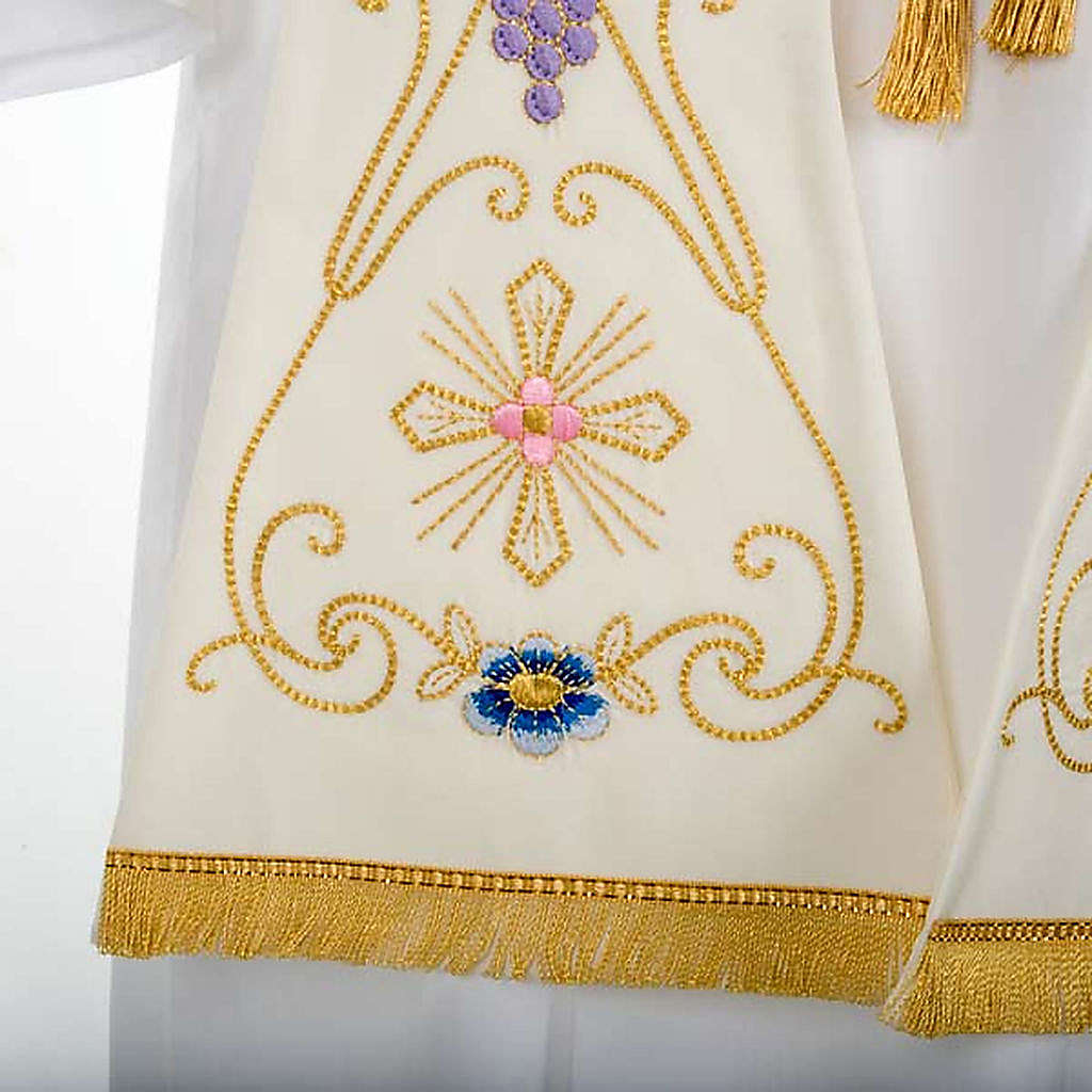 White Priest Stole in wool, ancient style embroideries colored 4